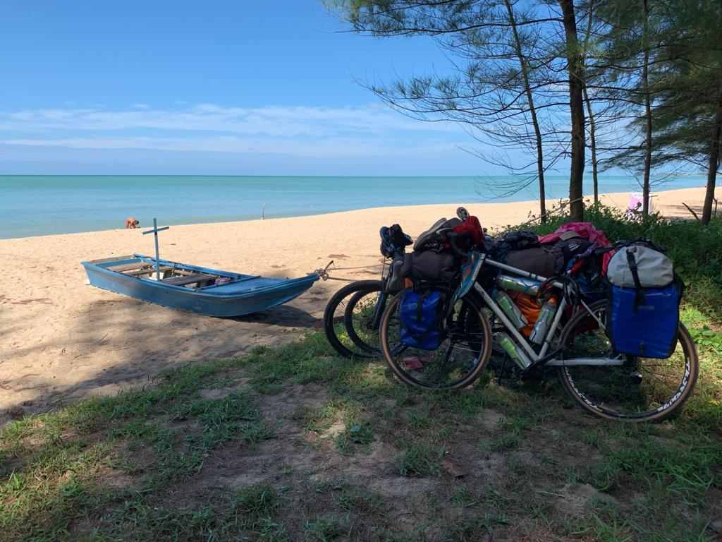 Le bici al mare